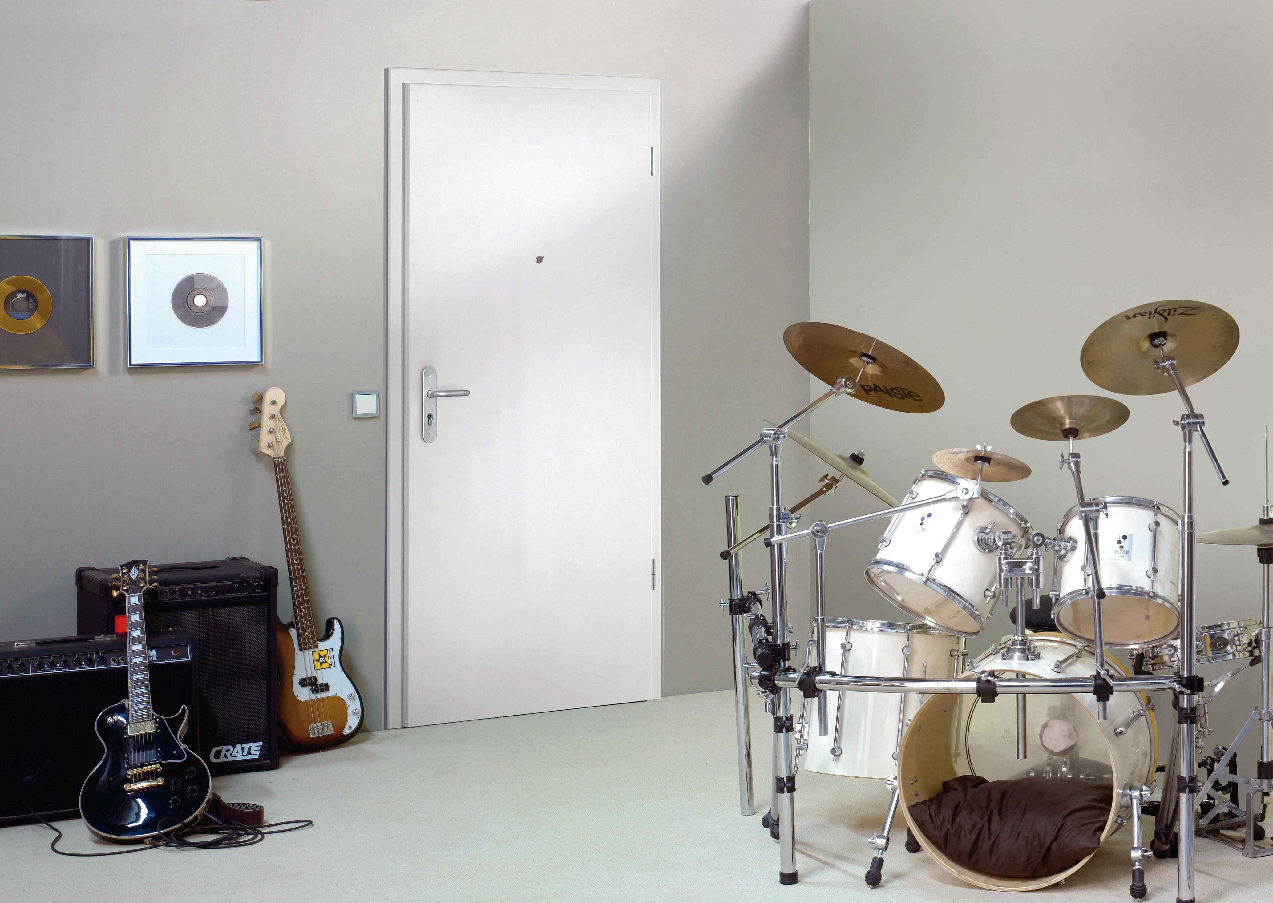 moderne t ren mit schallschutz verwandeln die eigenen vier w nde in eine oase der ruhe. Black Bedroom Furniture Sets. Home Design Ideas