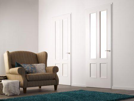 Zwei weiße Türen