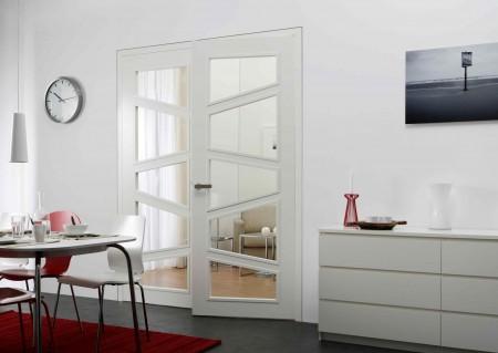 Zweiflügelige Glasausschnitttür