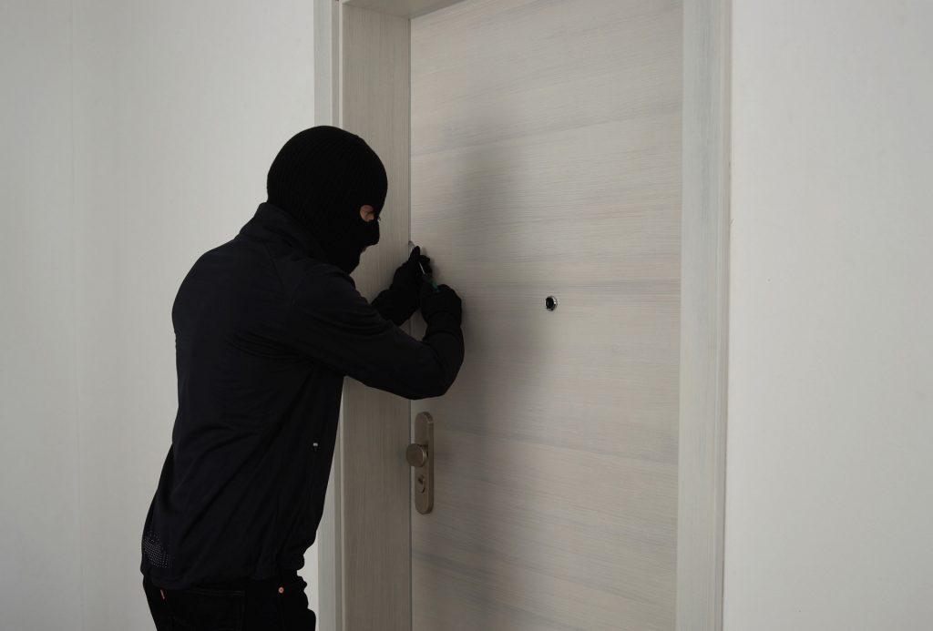 Einbrecher versucht sein Glück
